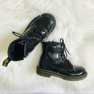 Dr. Martens 12 Youth Delaney Leather Lace Up Boots